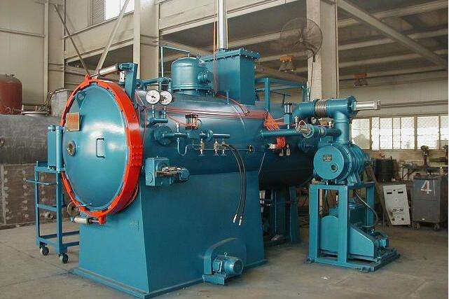 vacuum hot pressing furnace