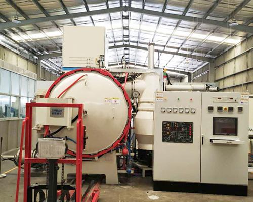 Metal heat treatment furnace