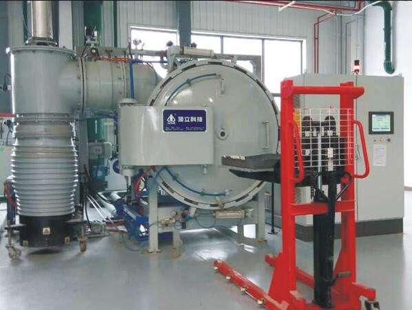 vacuum tempering furnace