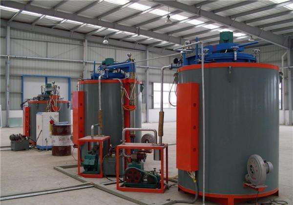Pit type heat treatment furnace