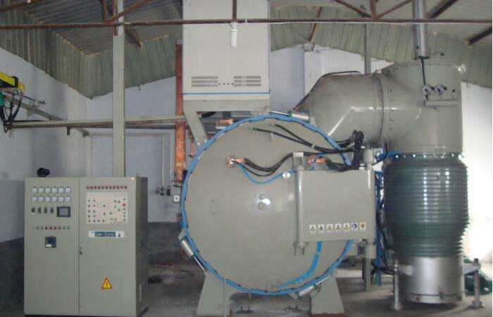 Sintering furnace for metal material