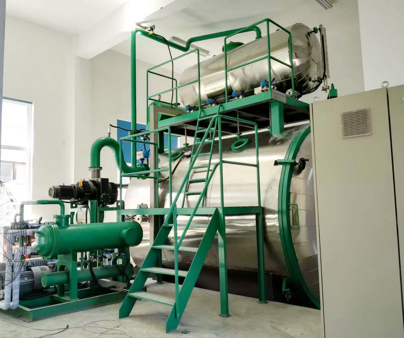 Vacuum Oil Filling And Treatment Plant