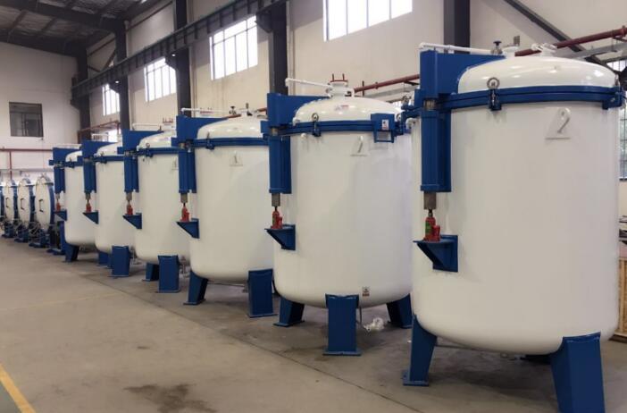 Carbon fiber high temperature graphitization furnace