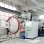 External vacuum heat treatment furnace