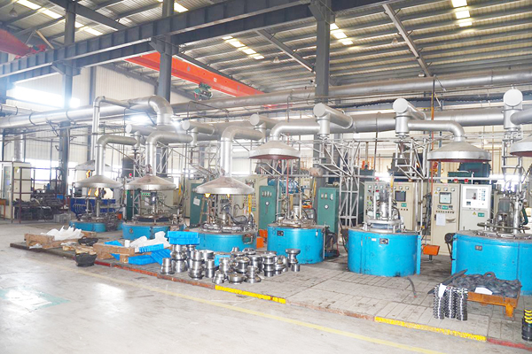 Vertical structure PIT type gas nitriding furnace