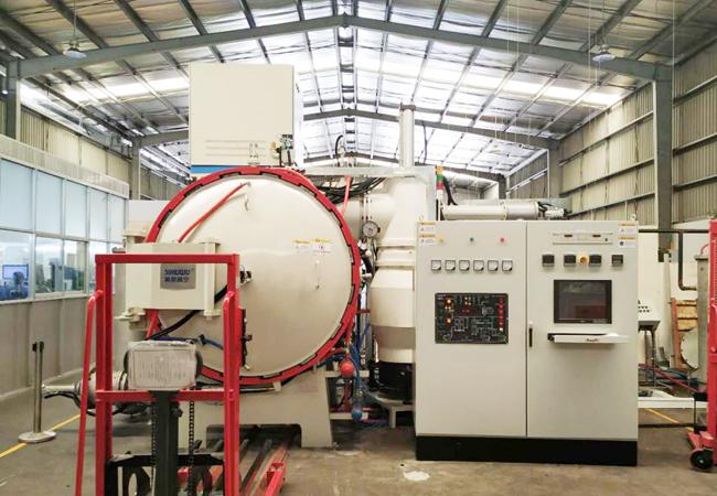 Silicon nitride hot pressing sintering