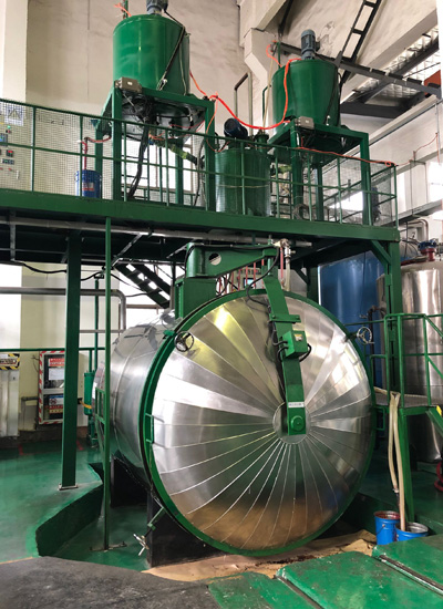 Automatic static mixing vacuum pouring equipment